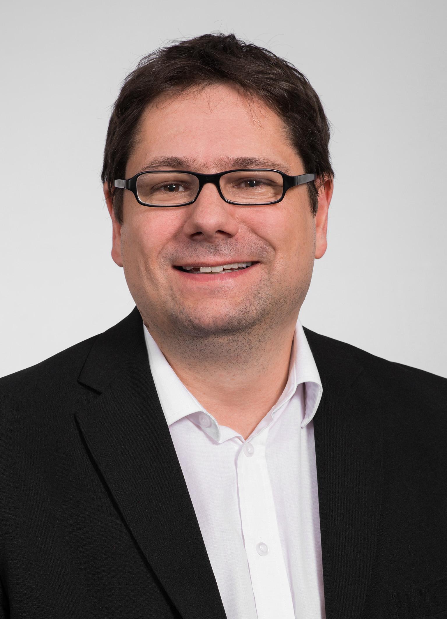 FH-Prof. Mag. Helmut Kammerzelt, MAS