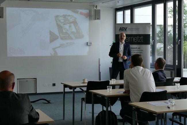 Wolfgang Aigner spricht über die Analyse und Verwendung von Daten im Gesundheitsbereich