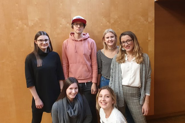 Gastvortragender Tobias Zehetner mit Studierenden der FH St. Pölten