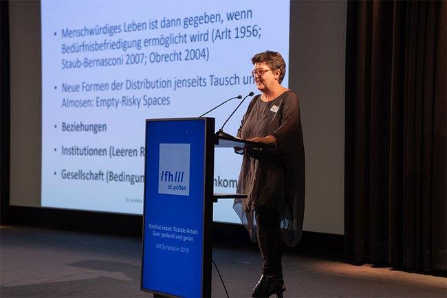 Michaela Moser beim Arlt Symposium 2019