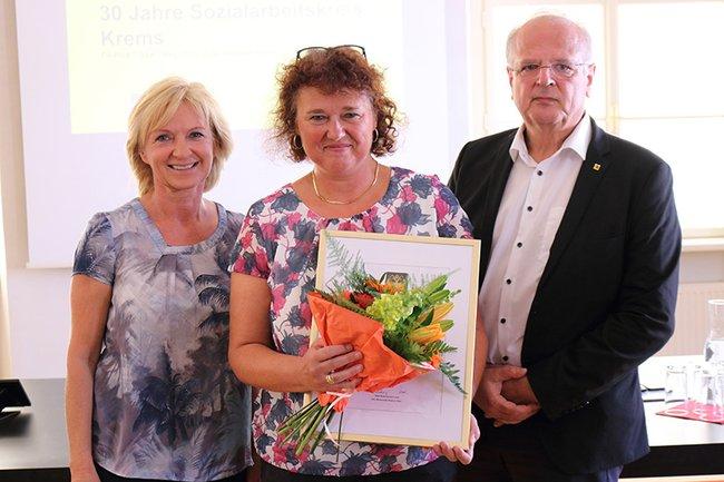 V.l.n.r.: Vizebürgermeisterin Hollerer, Rautner-Reiter, Bürgermeister Resch