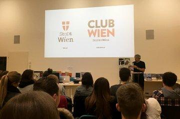 Die Studierenden bei einem der Vorträge in der Verlagsgruppe Dietrich Medien Holding