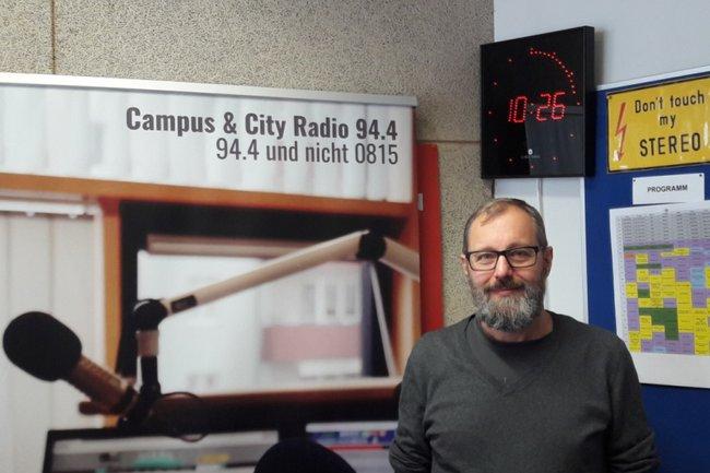 Andreas Gebesmair im Radiostudio
