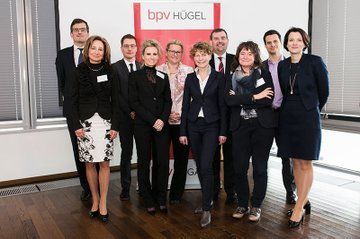 Das Institut für Medienwirtschaft war mit einem Vortrag von Johanna Grüblbauer bei den Juristengesprächen der bpv Hügel vertreten.