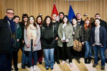 Studierende und Mitarbeiterinnen der FH St. Pölten in Begleitung von Thomas Wagnsonner, Arbeiterkammer Niederösterreich