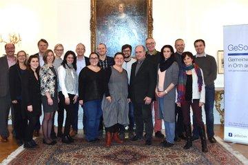 TeilnehmerInnen der Studienreise in der Österreichischen Botschaft in London