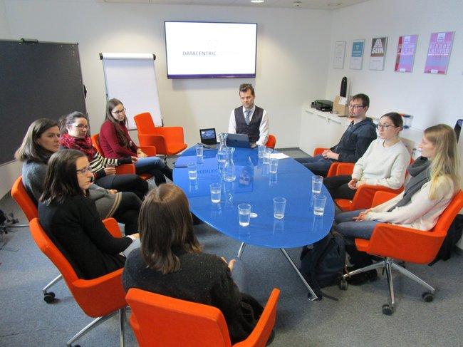 Studierende des Master Studiengangs Media- und Kommunikationsberatung durften einen Workshop bei der Dialogschmiede erleben.