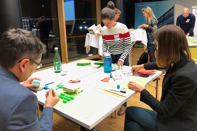 Beim Design Thinking Workshop konnten die Lehrenden selbst kreativ werden.
