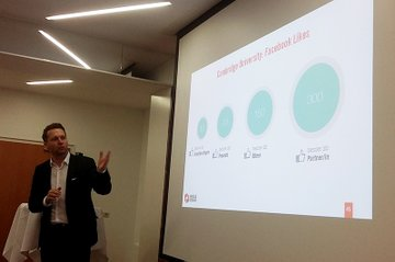 Rainer Will, Geschäftsführer des Handelsverbands, bei seinem Vortrag im Lehrgang Digital Marketing