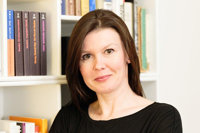 Monika Kovarova-Simecek, Studiengangsleiterin vom Master Studiengang Wirtschafts- und Finanzkommunikation