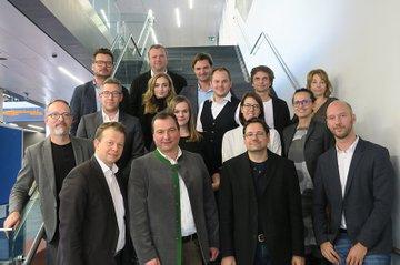 Die Fachjury aus Branchenexpertinnen und -experten für Werbekonzepte aus dem Bachelorstudium Media- und Kommunikationsberatung.