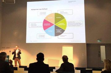 Vortrag von Thomas Ankenbrand zu FinTech