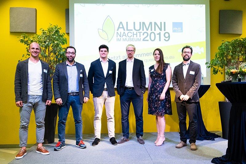 Die nominierten Alumni der sechs Departments mit der Top-Alumna des Jahres 2019, Katharina Heller (2.v.r)