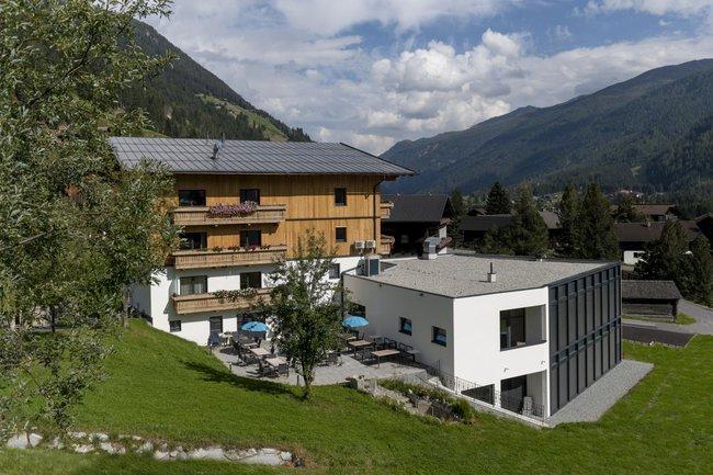"Innovationszentrum ""Fokus N'Cyan"" in Osttirol"