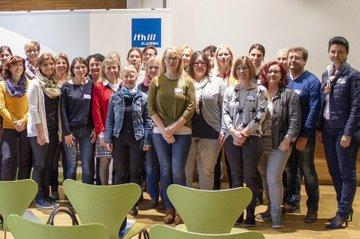 TeilnehmerInnen am Forum mit FH-Dozent Johann Grassl und Studiengangsleiterin Gabriele Karner