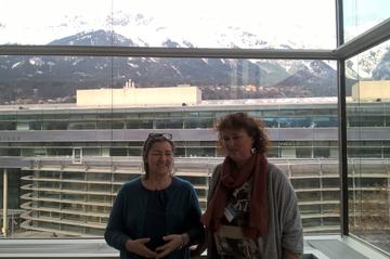 Ulrike Rautner-Reiter und Maria Lesnik in Innsbruck