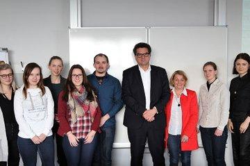 FMA und Flughafen Wien mit Gastvorträgen im Freifach Investor Relations des Department Medien & Wirtschaft