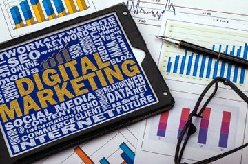 """Die Gruppe """"Digital Marketing Austria"""" feiert ihr 1. Jubiläum."""