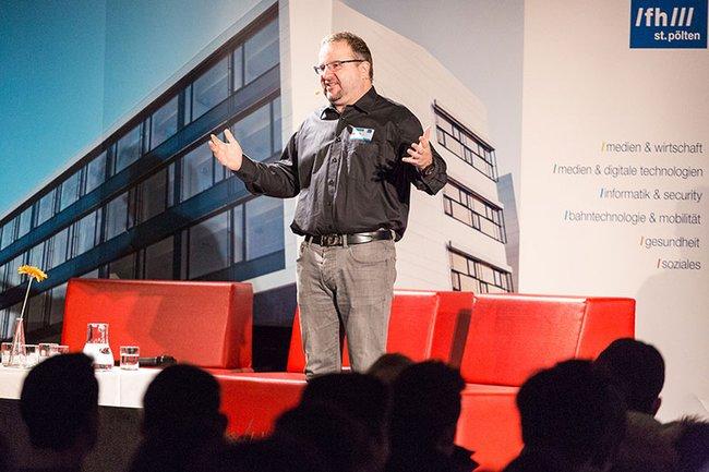 Wieland Alge von Barracuda Networks referierte zur Zukunft der IT-Sicherheit und ihren Einfluss auf unser Leben