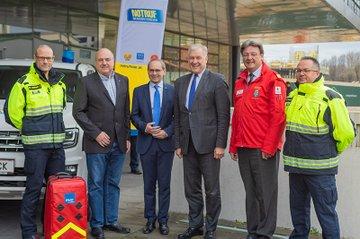 Notruf-Niederösterreich-Geschäftsführer Christof Chwojka, FH-Geschäftsführer Gernot Kohl, Landesrat Martin Eichtinger und Rot-Kreuz-NÖ-Präsident Josef Schmoll