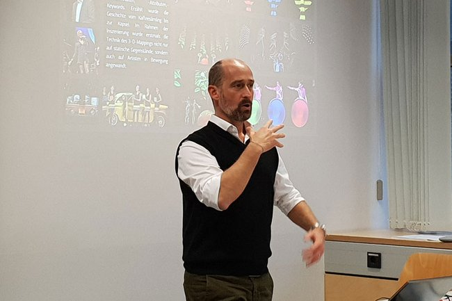 Marcus Wild bei seinem Gastvortrag an der FH St. Pölten