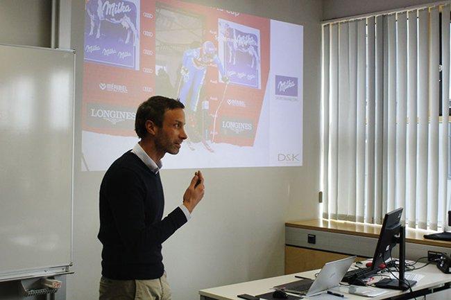 Dieter Heger, Geschäftsführer D&K Sports Management Österreich, berichtete im Rahmen eines Gastvortrages über die Aktivierung von Marken durch Sport-Sponsoring.