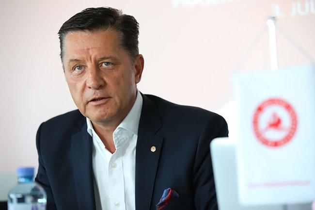 Gerhard Hrebicek, Präsident des European Brand Institutes, zu Gast im Lehrgang Werbung & Markenführung an der FH St. Pölten