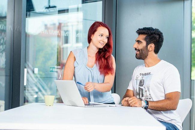 Studierende des Master Studiengangs Media- und Kommunikationsberatung profitieren in der Endphase ihres Studiums bereits seit dem Jahr 2017 von der Unterstützung durch Mindtake.