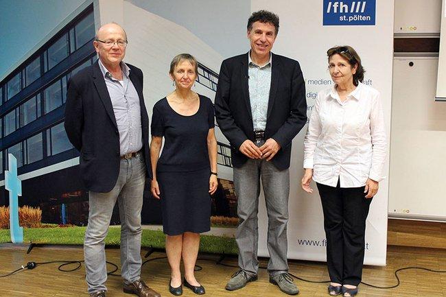 (v.l.n.r.): Medien.Lounge-Initiator Ewald Volk, Monika Vyslouzil (Leiterin FH-Kollegium der FH St. Pölten), Frans Jennekens und Brita Kettner (stellvertretende Studiengangsleiterin Media Management)