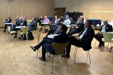 Teilnehmende am Networking-Event der österreichischen IT-SpezialistInnen