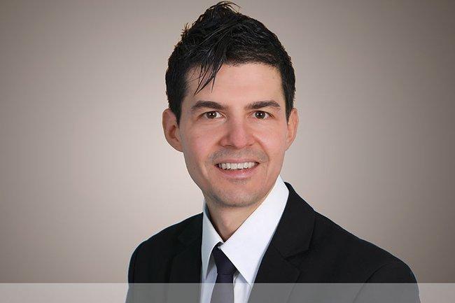 Sven Cravotta (Professor an der Hochschule Heidelberg Campus Calw) spricht über Digital Marketing.