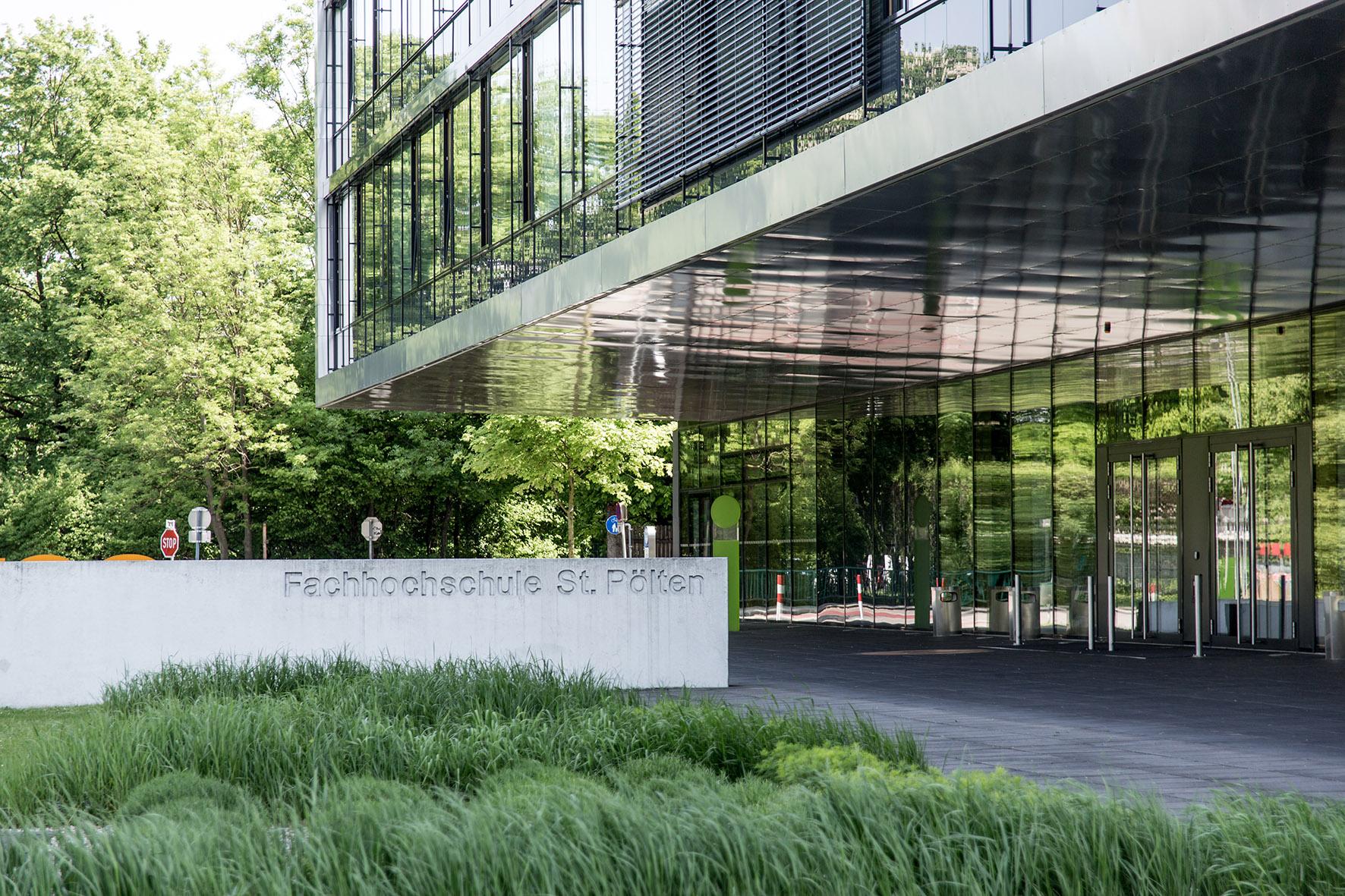 Tag der offenen t r an der fh st p lten for Fachhochschule architektur