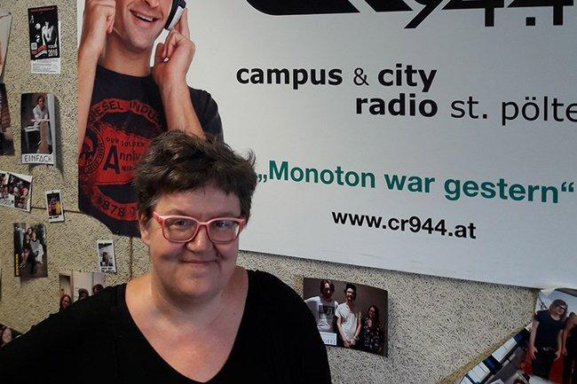 Michaela Moser im Radiostudio