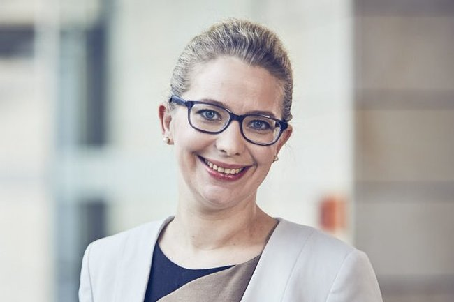 Katharina Aretin, Compliance und Corporate Legal Affairs, CA Immobilien Anlagen