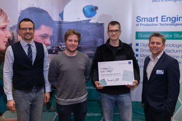 "Der erste Platz des Smart Engineering Awards ging an das Projekt ""Smart CUP"""