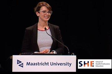 Alexandra Kolm stellt ihr Forschungsprojekt vor