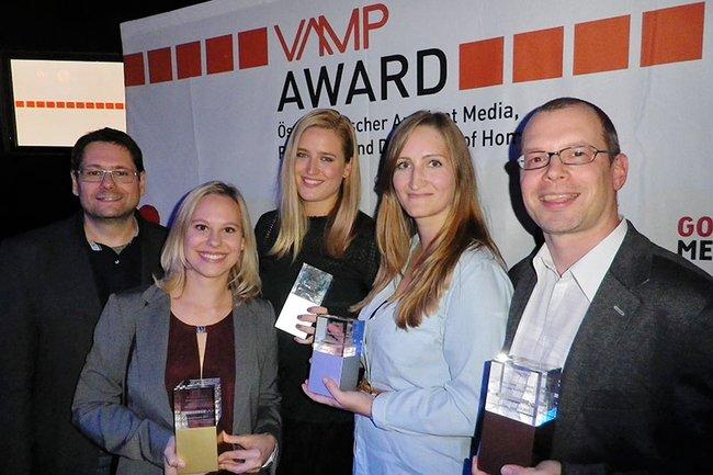von links nach rechts: Helmut Kammerzelt (Studiengangsleiter Bachelor Media- und Kommunikationsberatung), Nicole Uhlik, Barbara Assmann, Sabine Badstuber und Harald Wimmer (Studiengangsleiter Master Media- und Kommunikationsberatung)