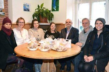 Claudia Grötzl (FH St. Pölten), Daniela Lohner (FH St. Pölten), Ekaterina Sharonova, Regina Giefing, Mag. Karl Langer (Geschäftsführer Emmausgemeinde), Walter Steindl und Cornelia Mayr (FH St. Pölten)
