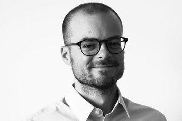 David Dobrowsky ist als nebenberuflich Lehrender im Studiengang Media- und Kommunikationsberatung tätig