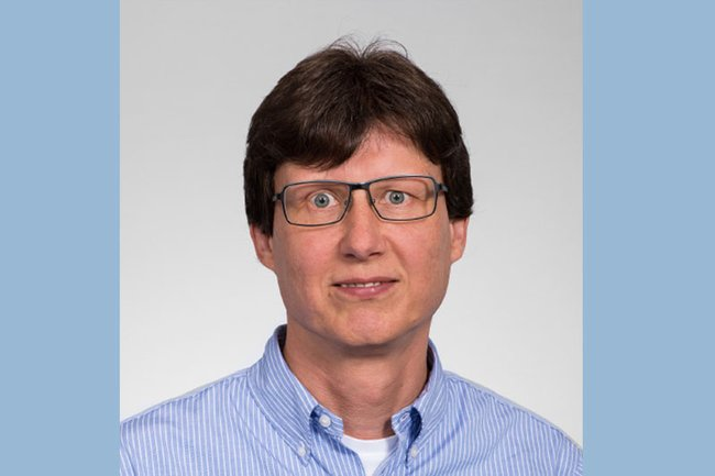 Harald Rametsteiner (Lehrgangsleitung Digital Marketing, Eventmanagement) ist im wissenschaftlichen Beirat des Handelsverbandes.