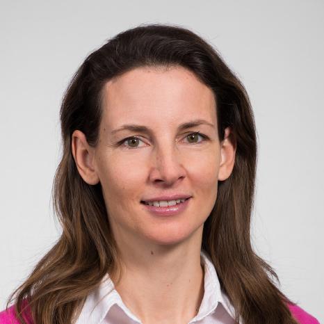 Mag. Dr. Verena Adam-Passardi