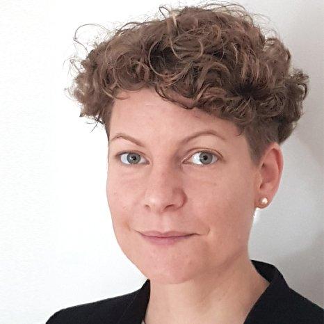 FH-Prof. Mag. (FH) Dr. Grüblbauer Johanna