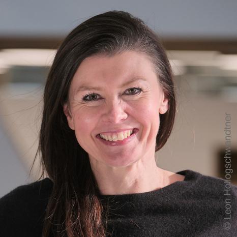 FH-Prof. Mag. Monika Kovarova-Simecek
