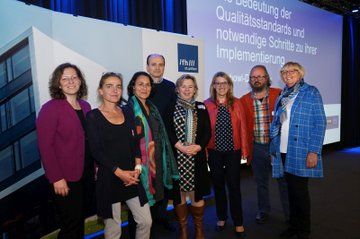 Symposium on quality standards in in-patient child and youth welfare