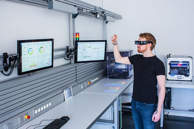 New Test Workstations for Study and Research at the St. Pölten UAS